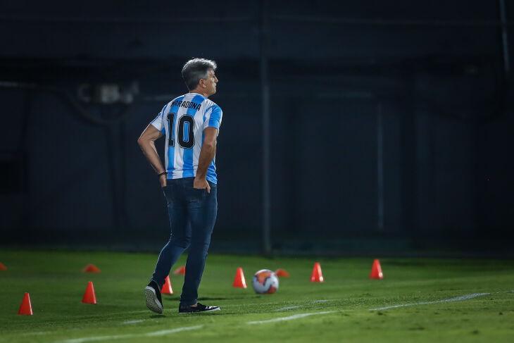 Renato: homenagem a Maradona – Foto – Lucas Uebel-GFBPA