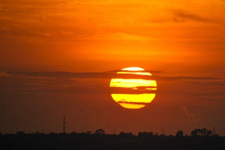 Sol brilhou por um minuto a mais quando atingiu o pico de luz às 10h da manhã (Foto: Arquivo/Agência Brasil)
