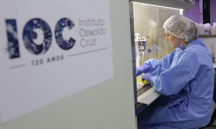 Quatro pessoas assintomáticas foram acompanhadas semanalmente pelos pesquisadores a partir do início da pandemia (IOC/Fiocruz)