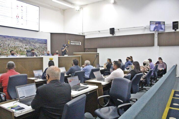 Uma Sessão Plenária Extraordinária foi realizada na tarde desta terça-feira (5) (Foto: Comunicação / CMPF)