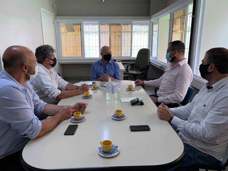 O encontro aconteceu na sede da Secretaria de Desenvolvimento Econômico (Foto: Caroline Lima/Assessoria de Imprensa Acisa)