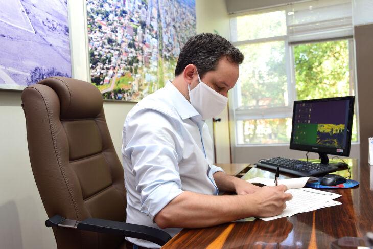 O prefeito Pedro Ameida afirma que o interesse foi apresentado formalmente (Foto: Diogo Zanatta/Arquivo ON)
