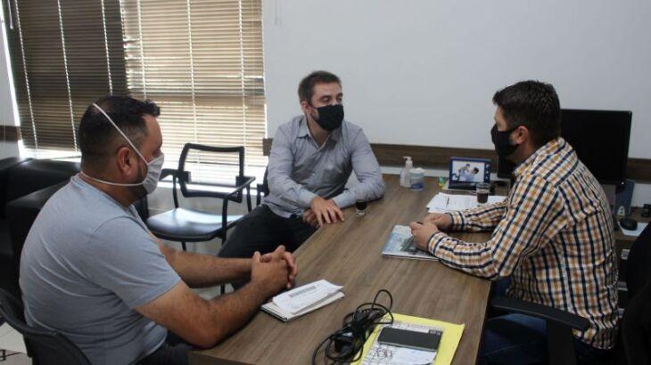 Presidente do sindicato foi recebido pelo presidente da Câmara (Foto: Comunicação / CMPF)