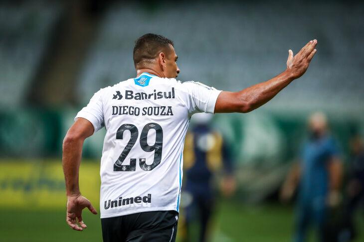Diego Souzza comemora no Allianz Parque - Foto-Lucas Uebel-GFBPA