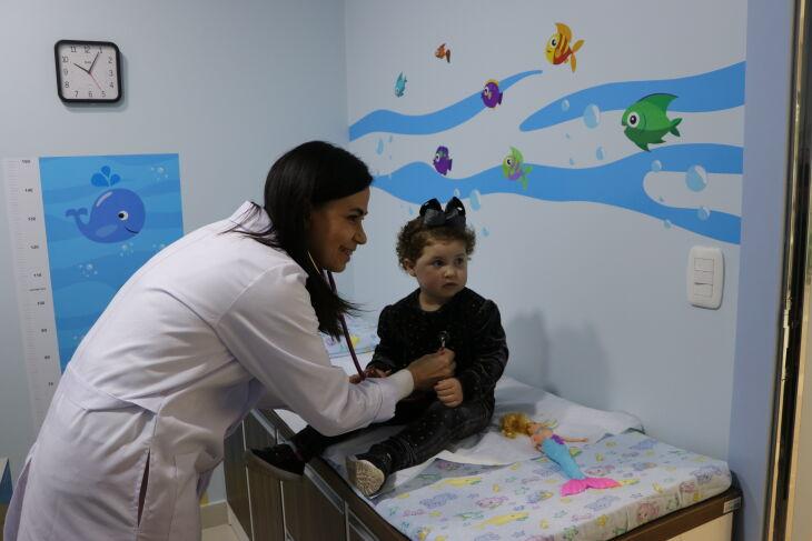 A pediatra Simone Beder Reis é coordenadora do Serviço de Pediatria do HSVP (Foto: Assessoria de Imprensa-HSVP)