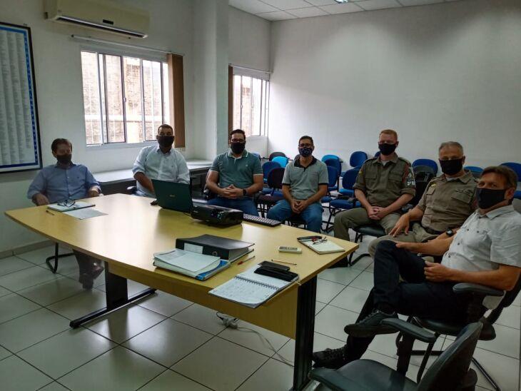 Encontro reuniu os integrantes do Comitê Gestor do Projeto Guardião (Foto: Divulgação/Acisa)