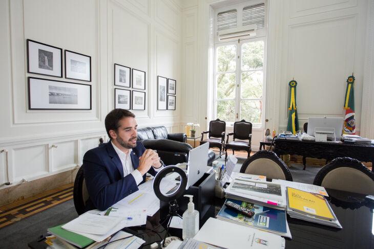 Leite foi contra a à desestatização da companhia na campanha, mas afirma que o cenário mudou (Foto: Felipe Dalla Valle/Palácio Piratini)
