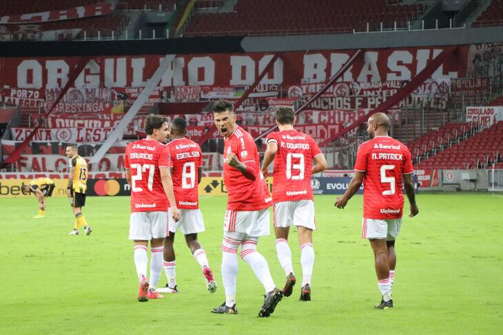Cuesta marcou o primeiro - Ricardo Duarte-SCI