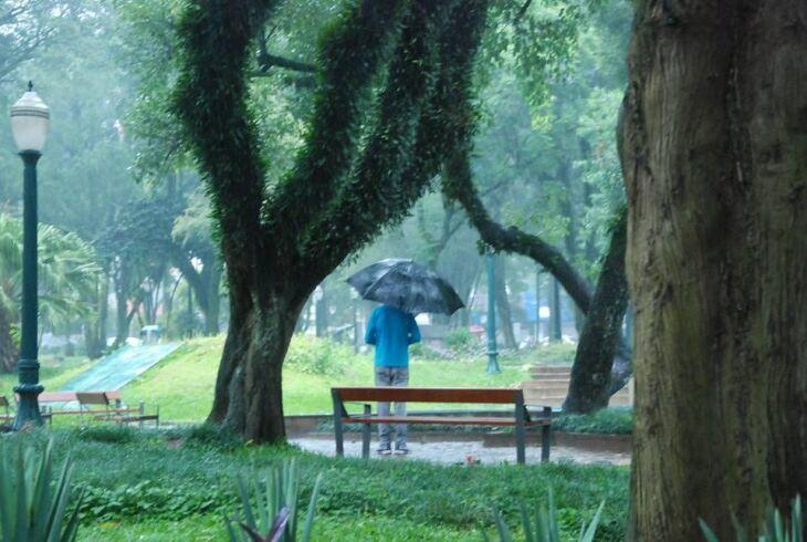 Deslocamento de uma frente fria provoca chuva em todo Estado (Foto: Arquivo/ON)