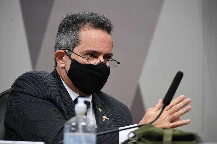 """O ex-secretário executivo depõe sobre vacinas, tratamento precoce e """"gabinete paralelo"""" (Foto: Edilson Rodrigues/Agência Senado)"""