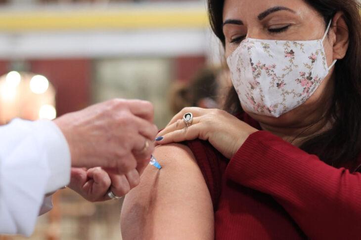 Foram aplicadas 147.913 doses na cidade (Michel Sanderi/Divulgação PMPF)