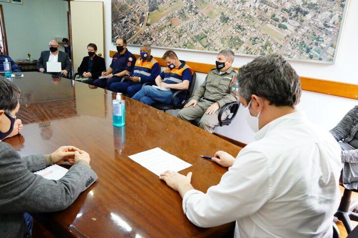 A campanha foi apresentado pelo Prefeito Pedro Almeida, em parceria com a Defesa Civil, Brigada Militar e Corpo de Bombeiros (Foto: Michel Sanderi/Divulgação PMPF)