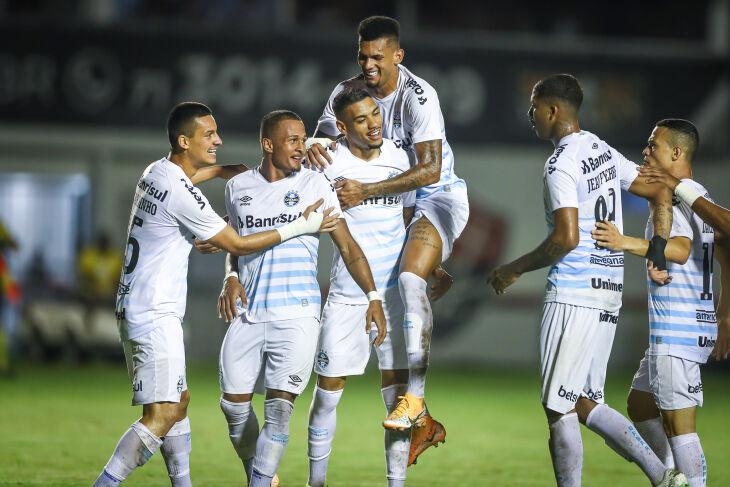 Na Bahia, time de Felipão garante boa vantagem -Foto-Lucas Uebel-GFBPA