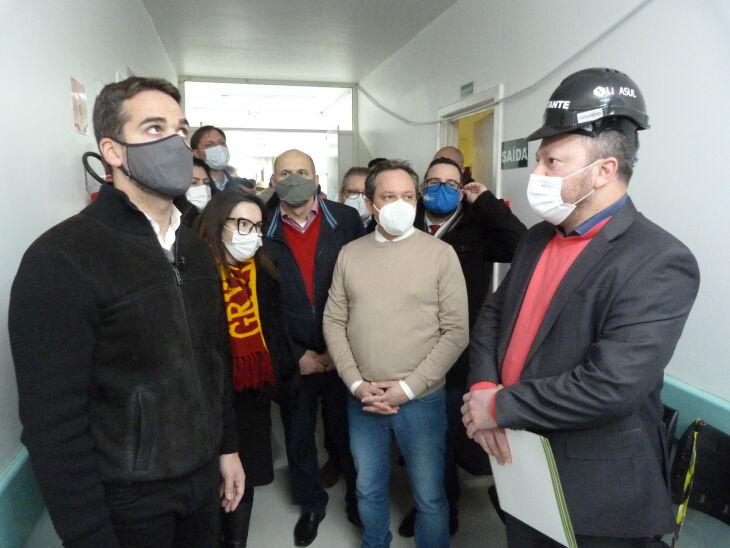 O governador realizou visitas aos hospitais ao lado de autoridades (Fotos: Bruna Scheifler/ON)