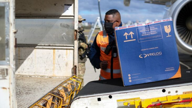 Um lote com 114.660 doses da Pfizer chegou ao Estado na tarde de quarta-feira ( Foto: Maicon Hinrichsen/Palácio Piratini)