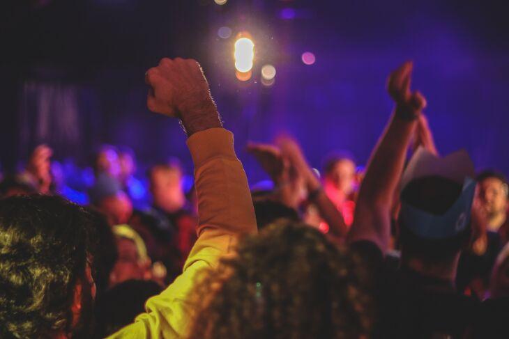 O evento-teste foi uma festa em Porto Alegre (Foto ilustrativa: Axville/Unsplash)
