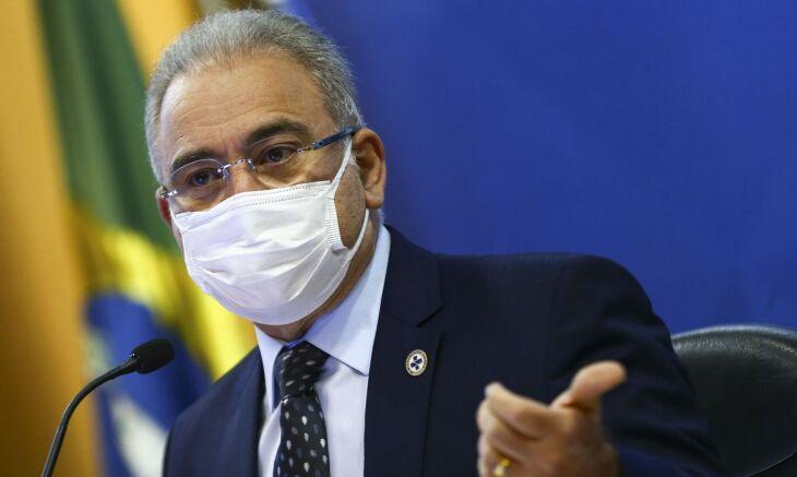 O ministro Marcelo Queiroga abordo o assunto dura entrevista coletiva (Foto: Marcelo Camargo/Agência Brasil)