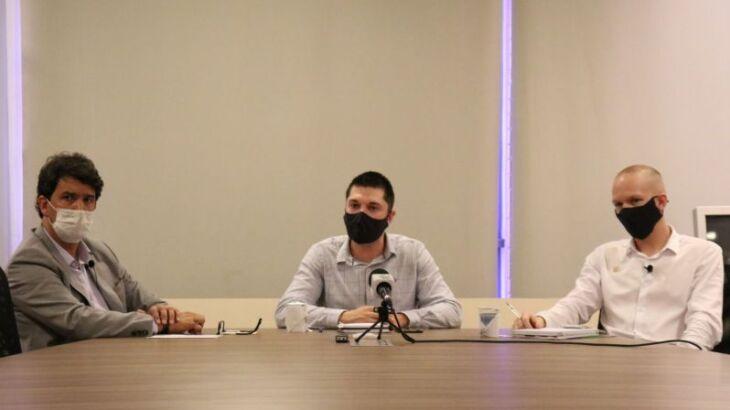 Coletiva de imprensa foi realizada na quinta-feira (19) (Foto: Comunicação Digital / CMPF)
