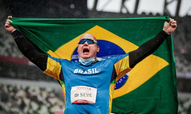Paulista estabeleceu o novo recorde paralímpico, 43,16 m (Foto: Wander Roberto / CPB)