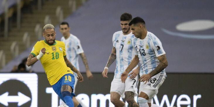 A partida foi interrompida logo após o início (Foto: Lucas Figueiredo/Arquivo CBF)