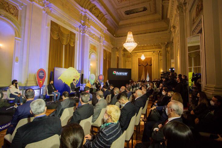 O lançamento do Avançar na Saúde ocorreu no Palácio Piratini (Foto: Felipe Dalla Valle/Palácio Piratini)