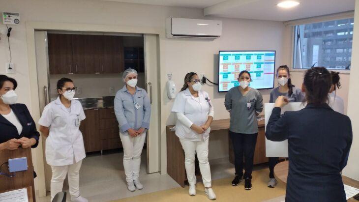 Colaboradores do HSVP: orientações sobre as Metas Internacionais de Segurança do Paciente(Foto: Divulgação-HSVP)