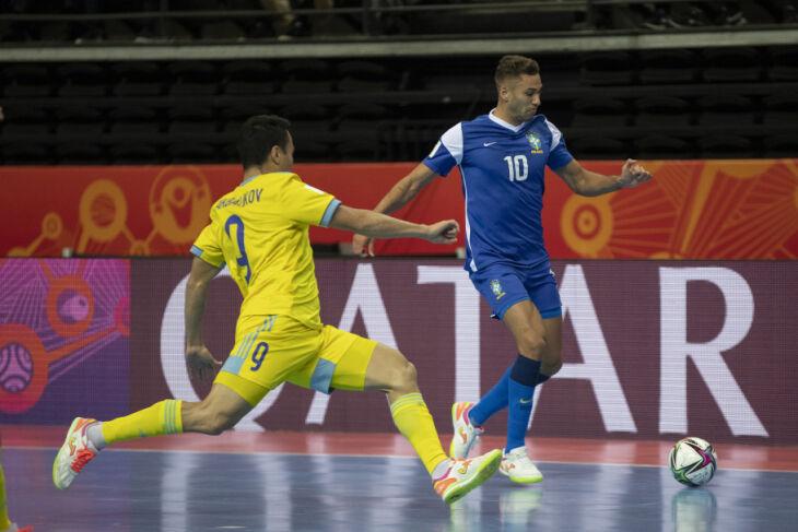 A partida foi disputada na Lituânia, país sede do torneio (Foto: Thais Magalhães/ CBF)