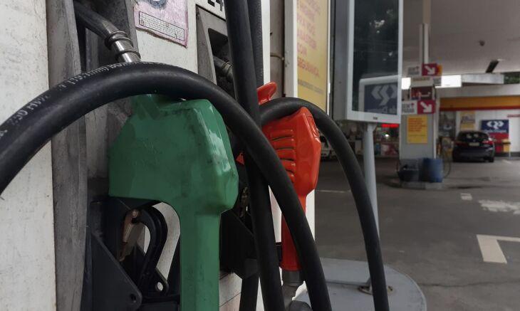 A parcela da Petrobras no preço da gasolina na bomba passará a ser de R$ 2,18 por litro (Foto: Fernando Frazão/Agência Brasil)