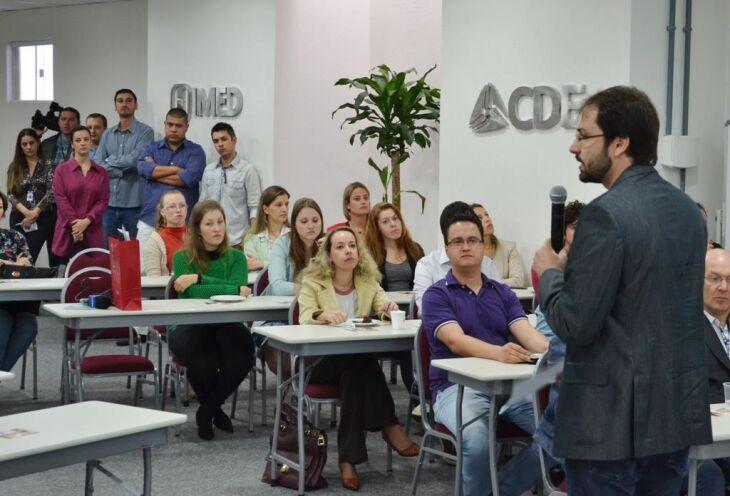 Instituição vai oferecer oito cursos de graduação