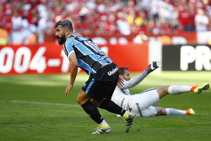 Douglas: marcou no Beira-Rio