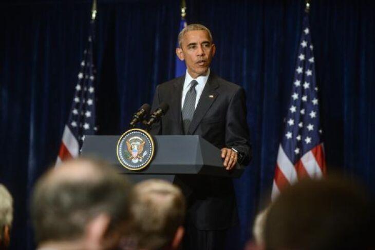 Na Polônia, Barack Obama lamenta o tiroteio em Dallas que deixou cinco policiais mortos