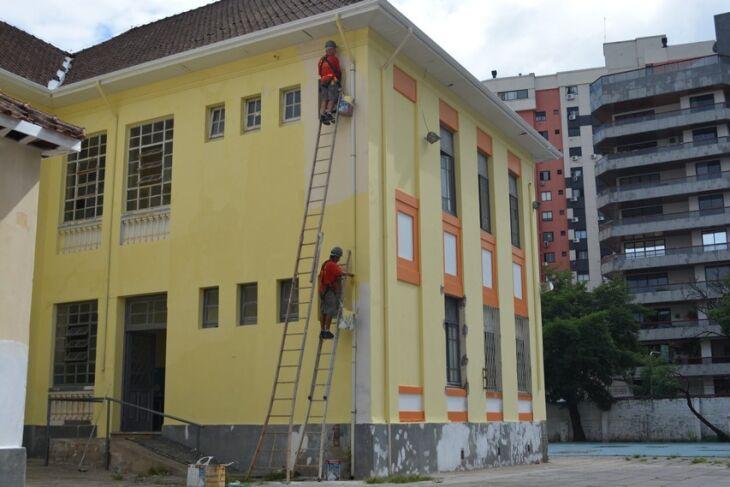 A escola Protásio Alves está entre as quatro do município que inicia o ano letivo no dia 13. Motivo é reforma na estrutura