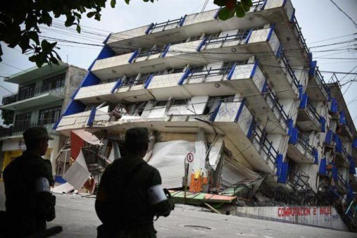 Hotel afetado por terremoto no estado de Oaxaca, no México