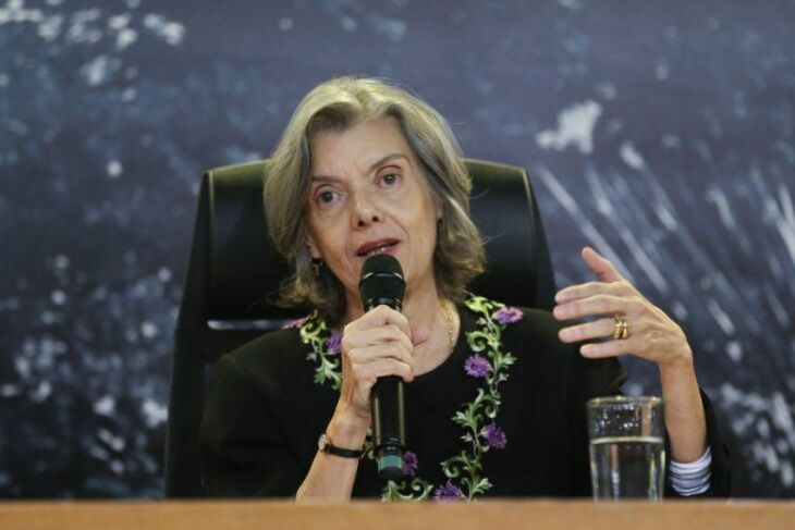 A presidente do STF e do CNJ, minista Cármen Lúcia
