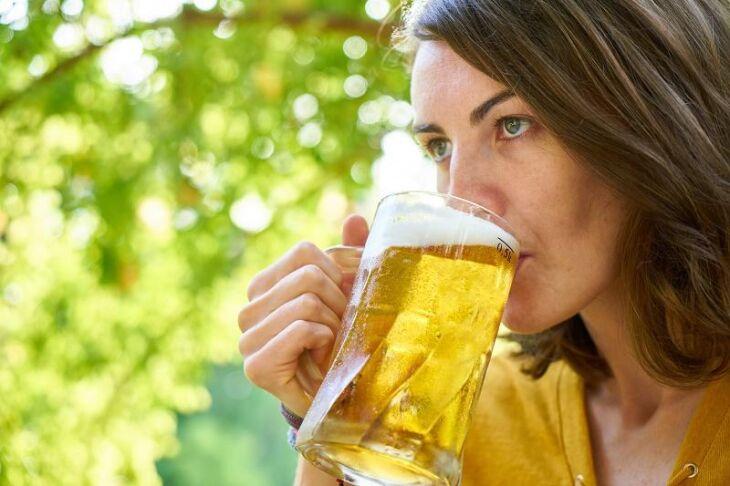 Mulheres ampliam consumo de álcool