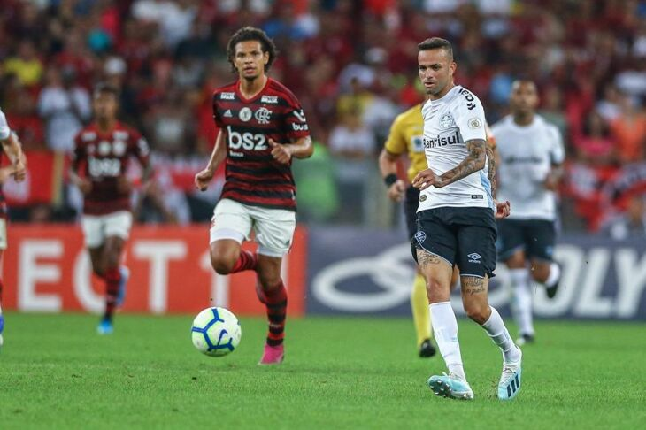 Tricolor chegou a igualar o marcador em 1 a 1, mas sofreu segundo gol Crédito: