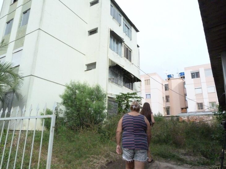 Prédio foi interditado em 2016 pela prefeitura e Corpo de Bombeiros após um laudo técnico apontar graves problemas estruturais e risco de desabamento