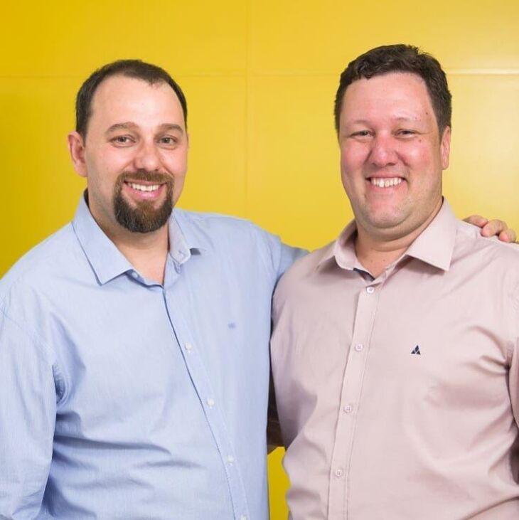 O professor Marcelo Recktenvald [de azul, à esquerda], será empossado na quarta-feira (04) pelo ministro da Educação Abraham Weintraub, em Brasília