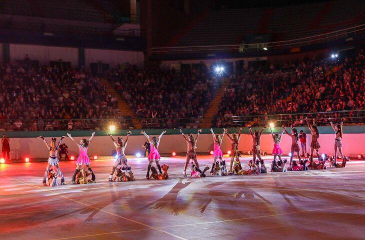 Apresentação marcou a abertura da temporada de shows da Pattinare Escola de Patinação