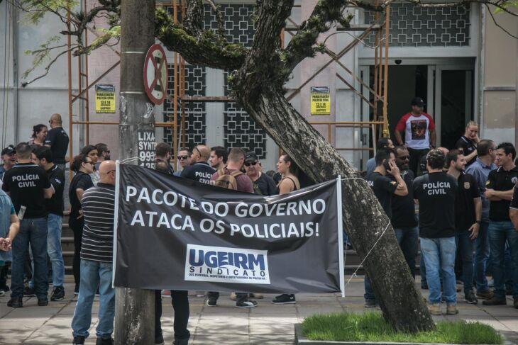 Operação foi convocada por sindicato contra pacote do governador e deve reduzir serviços