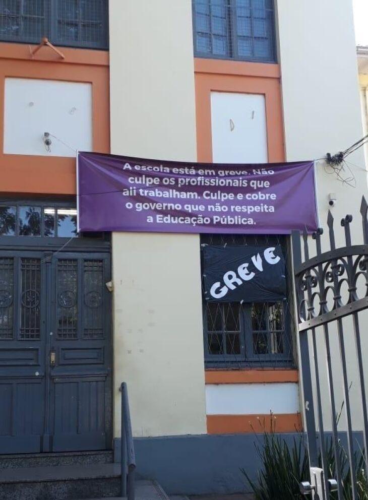 Mobilizações aconteceram em várias cidades da região