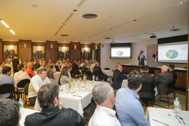 No evento, foram sanadas dúvidas sobre as propostas que modernizam a legislação de carreiras e a previdência dos servidores