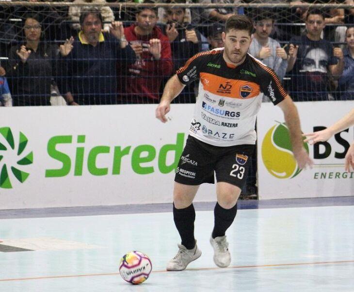Gaúcho: 12 gols na Liga