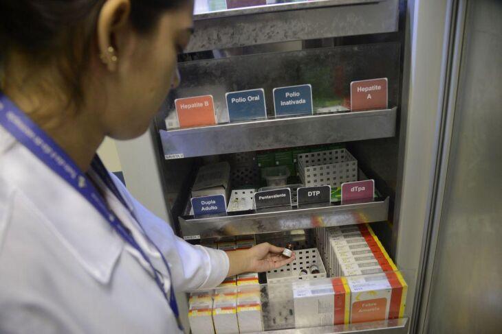 Passo Fundo recebe lotes contendo 400 doses mensais do imunológico