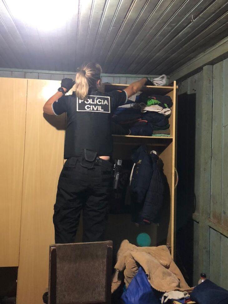 Policiais cumpriram sete mandados de busca e apreensão e um de prisão