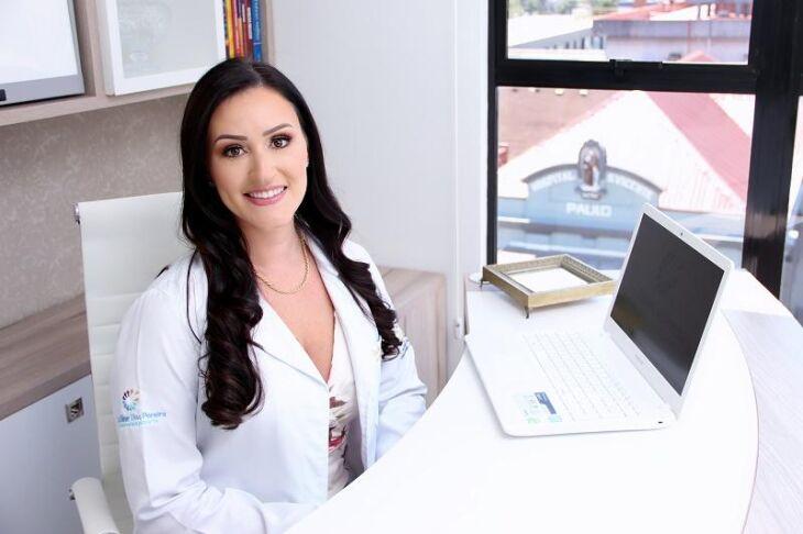Eline Dias Pereira é médica endocrinologista